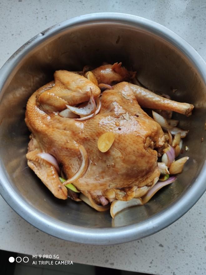 【电饭锅烤鸡的做法步骤图,电饭锅烤鸡怎么做好吃】BelleMu美丽_下厨房