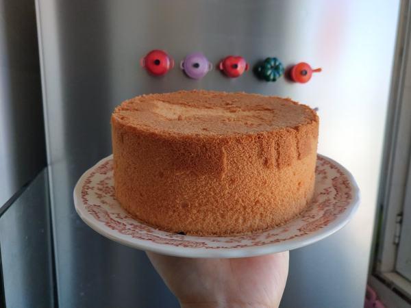【《Tinrry+》戚风蛋糕(6寸配方)(基础、超详细教程)图片】李猫妮_下厨房